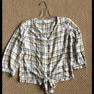 Maurices soft flannel Rayon crop top extra small